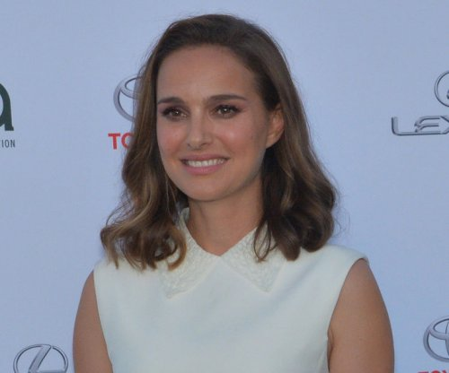 Natalie Portman joins Instagram to support Time's Up campaign