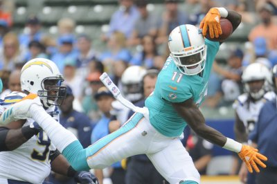 Dolphins, Bills close out disappointing seasons
