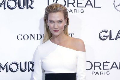 Karlie Kloss praises Taylor Swift: I'm 'lucky to call her a friend'