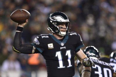 Philadelphia Eagles not expected to limit Carson Wentz in OTAs