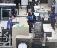 TSA screens 5 million passengers in week before Thanksgiving