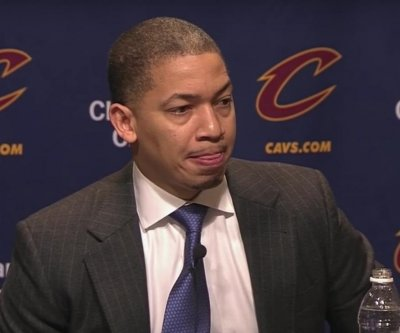 Cleveland Cavaliers, Tyronn Lue agree on 5-year deal