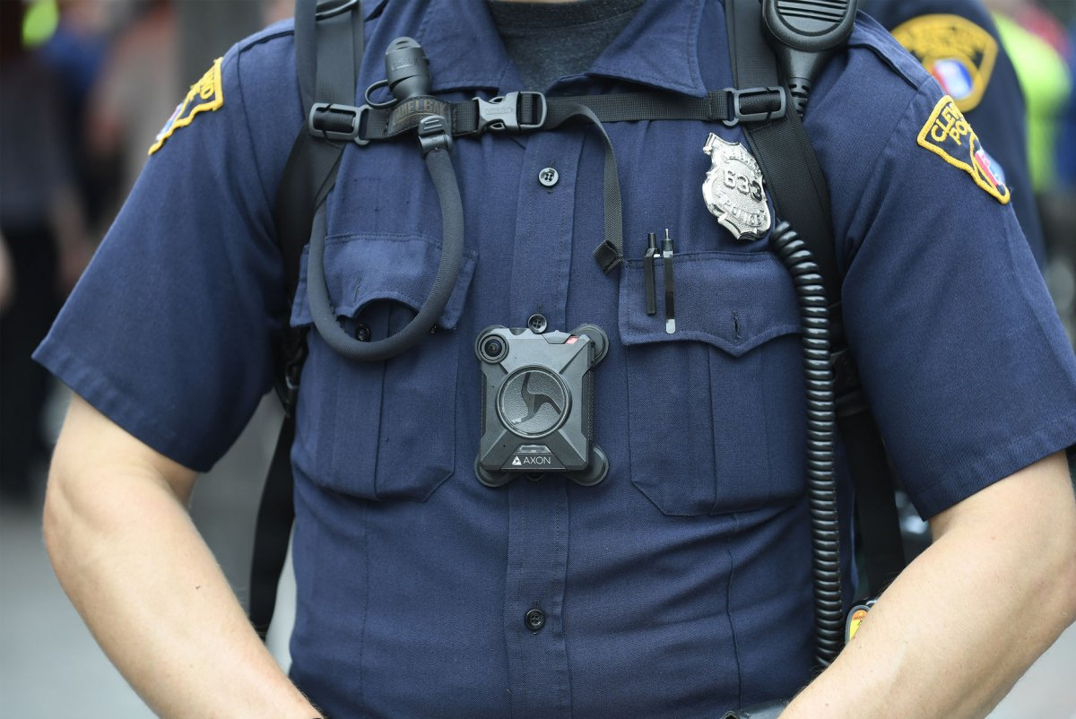 department of justice awards 20m to police agencies for body cameras upicom agency office literally disappears hours