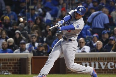 Los Angeles Dodgers' Corey Seager hits three homers in rout of New York Mets