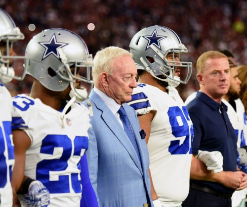 Jerry Jones: Dallas Cowboys who don't stand for anthem won't play