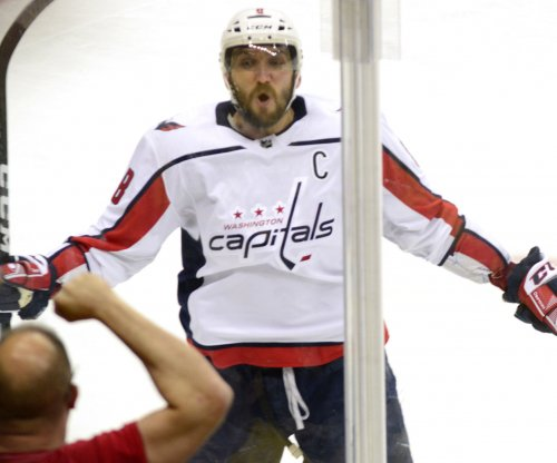 Stanley Cup Playoffs: Ovechkin nets game-winner, Capitals beat Penguins
