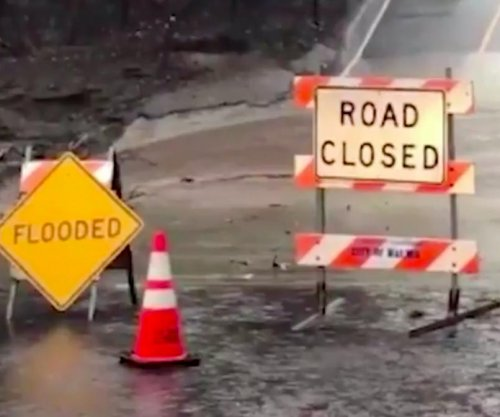 One killed in California winter storm, more rainy weather expected