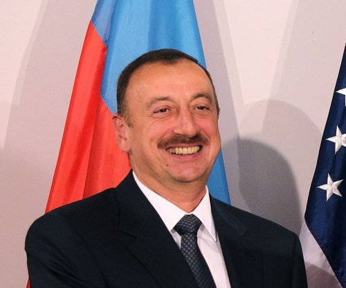 Azerbaijan shuts down Radio Free Europe office