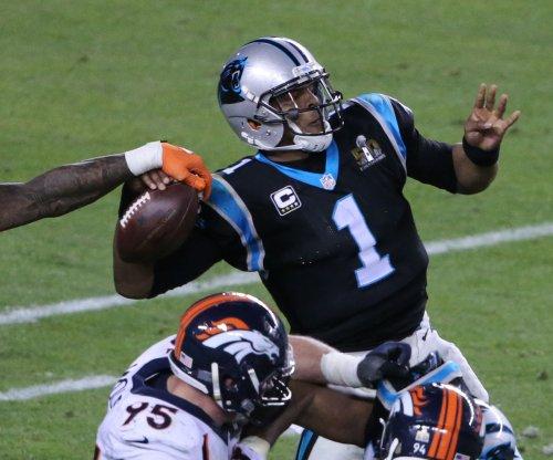 Denver Broncos: Von Miller waits, Brandon Marshall signs new contract