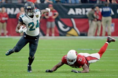 Bills sign free agent RB T.J. Yeldon