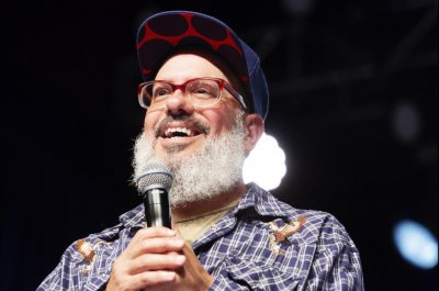 David Cross takes on Trump, 'phony' progressives in comedy special