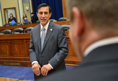 Issa: Obama used bailout to get higher mpg