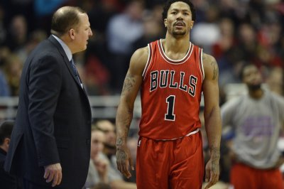 Chicago Bulls tangle with Heat in South Beach
