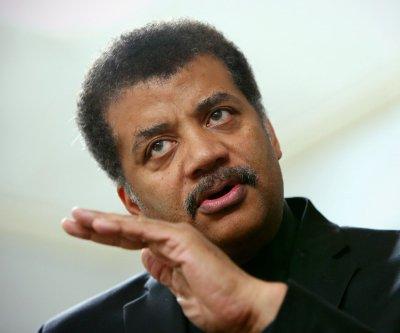 Neil deGrasse Tyson settles 'Star Wars' vs. 'Star Trek' debate