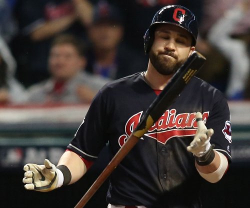 Cleveland Indians 2B Jason Kipnis sidelined with shoulder strain