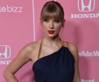 Taylor Swift releases new, re-recorded version of 'Fearless'