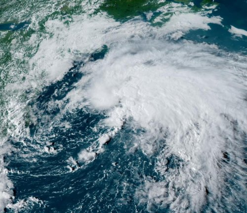 Tropical Storm Odette expected to remain off U.S., Canadian coasts