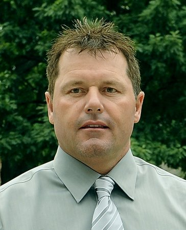 Opening salvos fired in Clemens trial