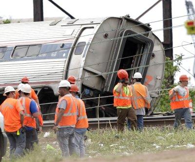 Judge approves Amtrak's $265M settlement for Philadelphia train derailment