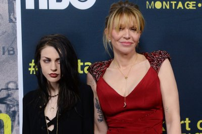 Frances Bean Cobain, mom Courtney Love star in Burberry fashion ad