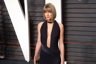 Taylor Swift teases music video for Zayn Malik collaboration 'I Don't Wanna Live Forever'