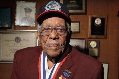 Thomas Ellis, former Tuskegee Airman, dies at 97
