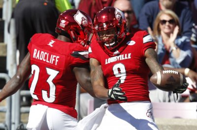 Louisville Cardinals WR Jaylen Smith has emergency appendectomy