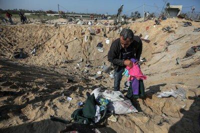 Amid cease-fire, Israel retaliates with Gaza airstrikes