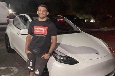 UFC fighter Beneil Dariush gets Tesla after calling out CEO Elon Musk