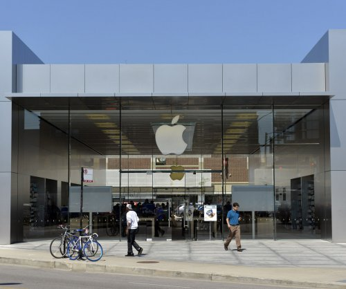Apple nabs remote photo, motion control patents