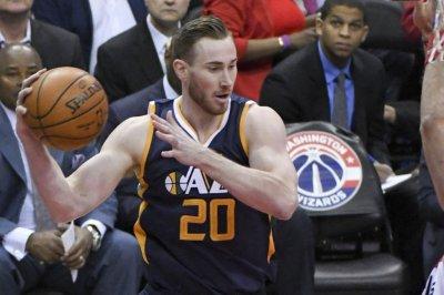 Gordon Hayward, Utah Jazz top Minnesota Timberwolves to take Northwest Division title