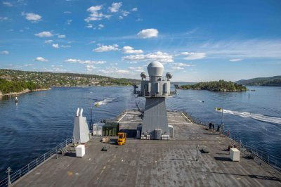 USS Mount Whitney stops in Oslo after NATO exercise