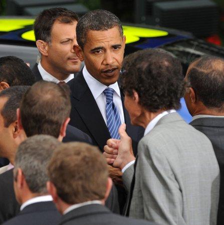 Obama honors NASCAR heroes