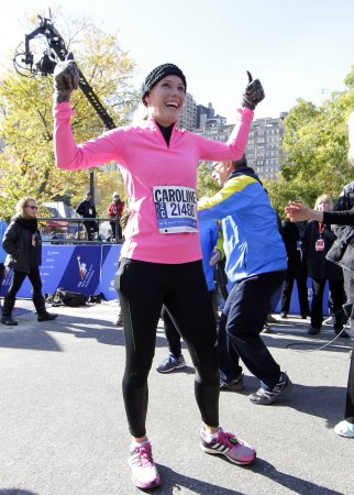 Caroline Wozniacki runs a marathon, makes it look easy