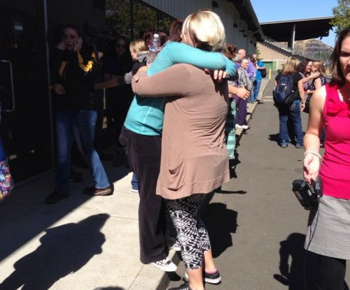 Ten dead, 7 injured at Oregon community college