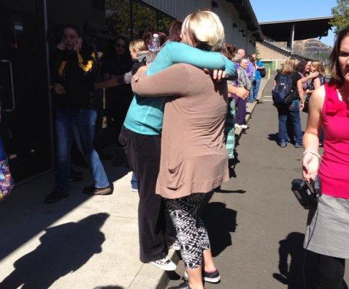 Ten dead, 7 injured at Oregon community college