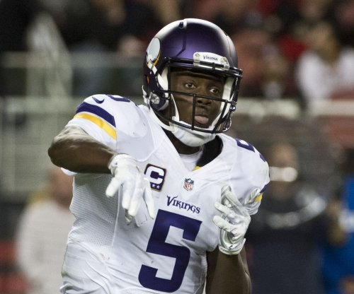 Teddy Bridgewater brings Vikings back in 23-20 win