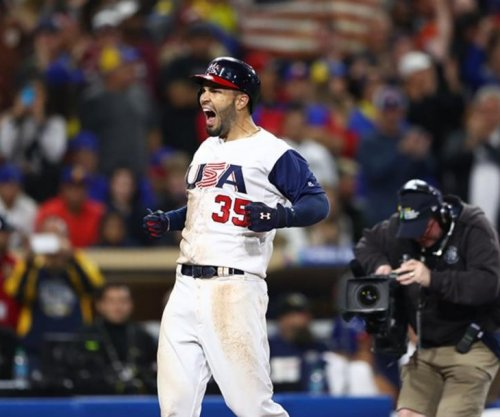Adam Jones, Eric Hosmer power USA past Venezuela