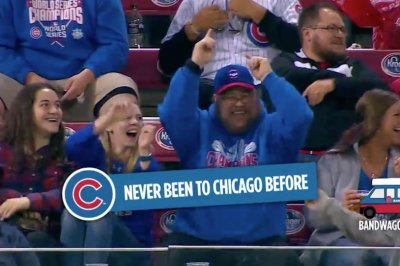 Reds slay bandwagon Cubs fans with jumbotron troll