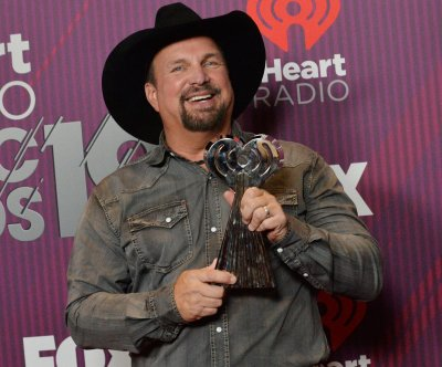 Garth Brooks says new album is finished on 'Kimmel'
