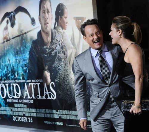 Tom Hanks extends Broadway run in 'Lucky Guy'