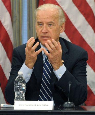 Biden applauds green jobs in Michigan