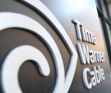 Report: Comcast, Time Warner to meet with regulators about merger