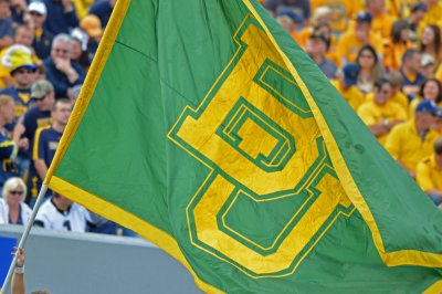 Johnathan Motley powers No. 6 Baylor Bears past Texas Longhorns