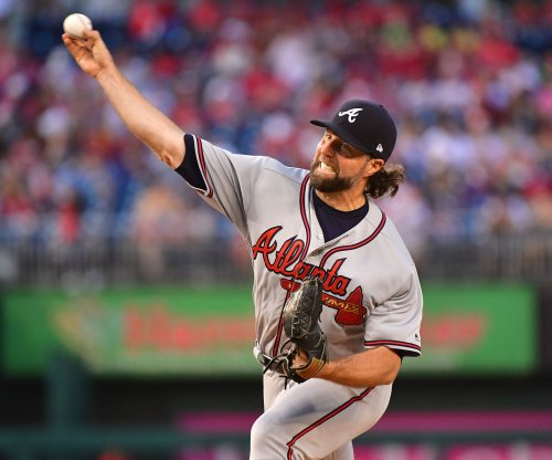 R.A. Dickey, Atlanta Braves baffle Washington Nationals