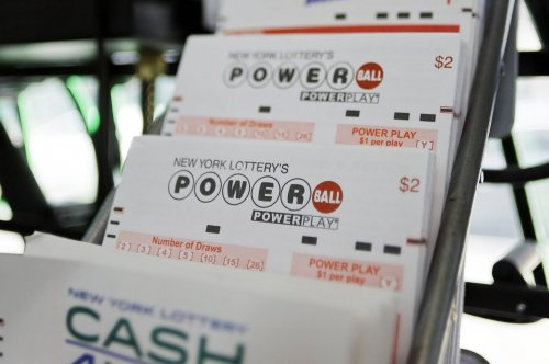 Man wins lottery jackpot after using same numbers for 12 years