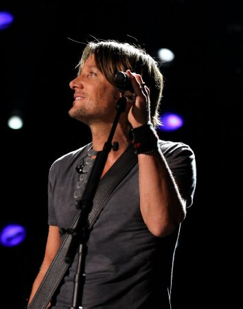 Man accused of raping teen at Keith Urban concert