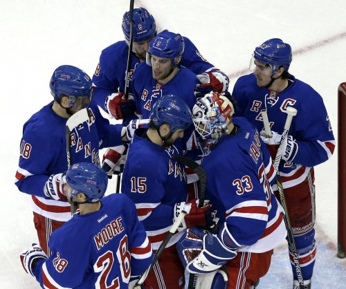 New York Rangers remain hot, rally past Arizona Coyotes