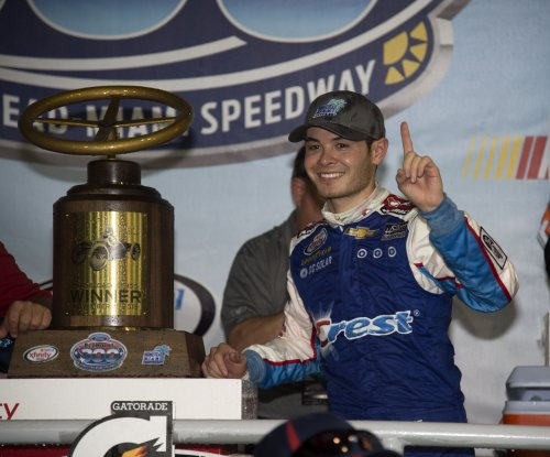 Kyle Larson edges closer to first Sprint Cup win
