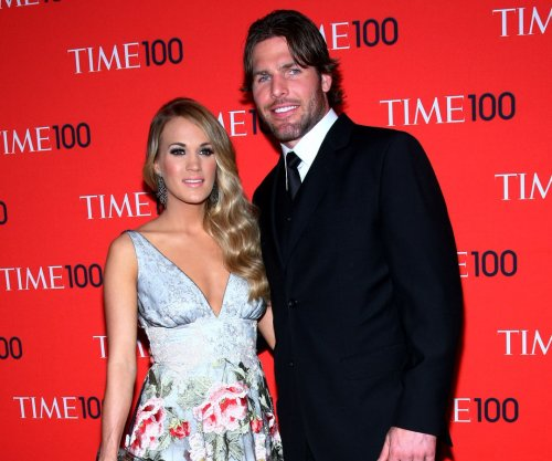 Carrie Underwood cheers NHL's Mike Fisher on his birthday
